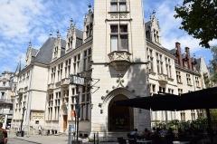 Recette principale et direction départementale de la Poste - Français:   Hôtel des Postes de Bourges