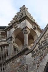 Eglise de la Sainte-Trinité-Notre-Dame - Français:   Extérieur de l\'église Sainte-Trinité de Tinténiac (35). Pinacle de la coupole du chœur.