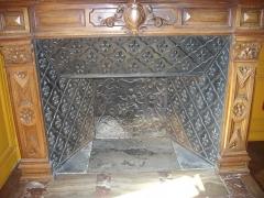 Hôtel Brachet, dit aussi hôtel de la Vieille Intendance - Hôtel de la Vieille Intendance, tribunal administratif d'Orléans (Loiret, France): cheminée dans la salle des pas perdus