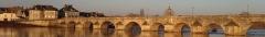 Grand pont sur la Loire - Français:   Pont de La Charité-sur-Loire (58)