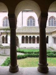 Eglise protestante Saint-Pierre-le-Jeune - Français:   Église protestante Saint-Pierre-le-Jeune cloître (Inscrit)