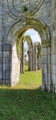 Eglise abbatiale de Blanchefosse (restes) - Deutsch:   Kloster Bonnefontaine (Abbaye de Bonnefontaine) Blanchefosse-et-Bay 04