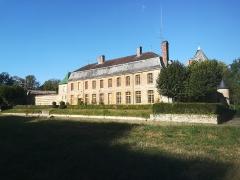 Château de Braux - Français:   La façade arrière du château de Braux-Sainte-Cohière éclairée par un soleil de fin d\'après-midi.