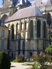 Ancien archevêché, actuellement Palais du Tau -  Palais du Tau à Reims (Marne, France), vu du square Henri-Deneux: la chapelle