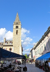 Tour de l'horloge dite Tour Cardinalis - Français:   La tour a été construite au 14° siècle. Elle est située à Barcelonnette, Alpes de Haute-Provence, Provence-Alpes-Côte d\'Azur, France.