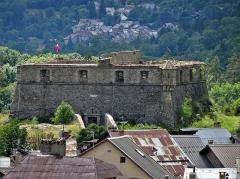Enceinte fortifiée de la ville - Français:   Fort de France (au sud) à Colmars, Alpes de Haute-Provence, Provence-Alpes-Côte d\'Azur, France