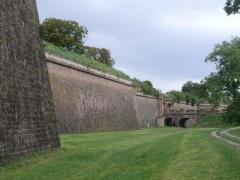 Remparts -  Remparts - ancienne casemate - remparts avec glacis, porte de Bâle - anciens glacis des remparts - portes de Colmar et de Belfort (Inscrit Classé Classé Classé)