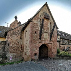 Anciennes fortifications - English:   Riquewiehr (Sainte-Marie-aux-Mines, Haut-Rhin, France)