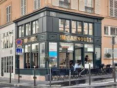 Charcuterie - Français:   Rénovation de l\'ancienne charcuterie du 75 rue Amelot Paris 11