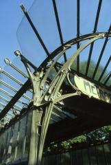 Métropolitain, station Dauphine -