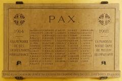 Eglise Notre-Dame - Français:   Plaque aux morts de la guerre de 1914-1918 dans la Collégiale Notre-Dame de Melun