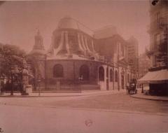 Eglise Saint-Nicolas-du-Chardonnet - English:  Saint-Nicolas du Chardonnet vu du Bd Saint Germain
