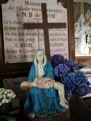 Chapelle Notre-Dame-de-Pitié - Brezhoneg:   Gouestloù. Itron Varia Druez