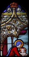 Cathédrale Saint-Corentin -  Baie 7 de la cathédrale Saint-Corentin à Quimper dans le Finistère. 2ème lancette, 4ème registre. La Donation du Rosaire. Vierge à l'Enfant.
