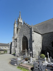 Eglise Saint-Ouen -  Église Saint-Ouen des Iffs (35). Clocher et croisillon sud.