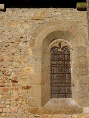 Eglise Saint-Martin -  Façade méridionale de l'église prieurale Saint-Martin de Tremblay (35).