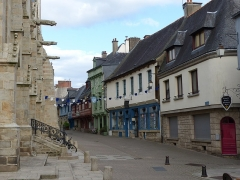 Eglise Notre-Dame-du-Roncier - Français:   Rue des Vierges, Josselin