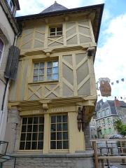 Vieilles maisons - Français:   Maison, 27 rue Olivier de Clisson à Josselin
