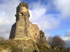 Château fort de Tournoël - English:   Château de Tournoël