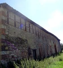 Château de Nogarède - Français:   Séchoir à grains du château de Nogarède