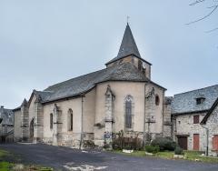 Eglise - English:  Saints Cyr and Julitta church in Cassuéjouls, Aveyron, France