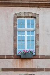 Préfecture - English:  Window of the Hôtel Le Normant d'Ayssènes in Rodez, Aveyron, France