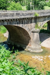 Pont faisant franchir la Sorgues - English:  Old bridge in Saint-Félix-de-Sorgues, Aveyron, France