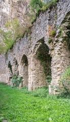 Ancienne église Notre-Dame-de-Laval - Français:   Église Notre-Dame-de-Laval de Peyrusse-le-Roc, Aveyron, France