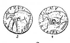 Grotte dite de l'Eléphant - Српски / srpski:  Слика 31. – Накит пећинаца и изглед једнога им станишта. 1 секутић коњски, 2 очњак вучји, 3 и 4 коштани колутић, 5 шкољка, 6 говеђи секутић, 7 јеленски очњак 8 шљунак серпентински, 9 урочица; сви ови разни предмети пробушени су, да би се могли као ободи носити. Воловски зуб (6) пробушен је у корен двема рупама да би се боље утврдио и спољна му се цаклена страна увек видела. Коштани колутић (3, 4) украшен је на обема странама сликама неке животињице; рупа у среди наводи на мисао да је као дугме могао бити употребљен. Сви су ови предмети нађени у разним француским пећинама. 10 је изглед Гурданске Пећине (Француска) у којој је био културни слој 6 метара дебео, 21 м. дугачак и 16 м. широк; из овога слоја извађени су многобројни рукотвори магдаленскога ступња.