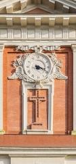 Eglise - English:  Clock on the western facade of the Saint Blaise church in Seysses, Haute-Garonne, France