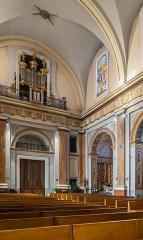 Eglise - English:  Interior of the Saint Blaise church in Seysses, Haute-Garonne, France