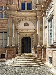 Hôtel d'Assézat et de Clémence Isaure - French architect
