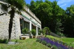 Château Gaillard - Français:   Vue latérale de l\'orangerie