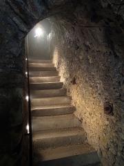 Site castral de Montbazon - Français:   Donjon de Montbazon, les souterrains.