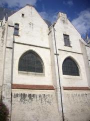 Eglise Saint-Aignan -  Église Saint-Aignan d'Orléans (Loiret, France): façade méridionale vue depuis le parking du diocèse, pendant les journées européennes du patrimoine