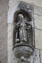 Maison - Français:   Maison 12 rue de l\'Église à Gray (70). Statue de Saint-Antoine.