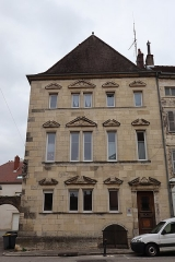 Maison - Français:   Maison 12 rue de l\'Église à Gray (70).