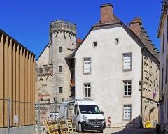 Hôtel Thiadot dit Maison du bailli, actuellement bibliothèque municipale et musée Beaumont - Français:   L\'hôtel Thiadot à Luxeuil-les-Bains.
