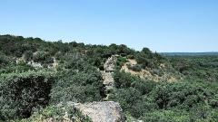Pont du Gard et aqueduc romain de Nîmes -  le Pont de la Combe Roussière fait parti de l'aqueduc de Nîmes, vestige romain dont le tronçon le plus connu est le Pont du Gard