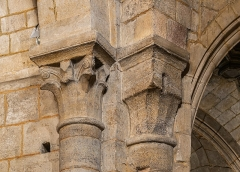 Eglise Saint-Martin - English:  Capitals in the Saint Martin collegiate church in La Canourgue, Lozère, France