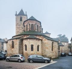 Eglise Saint-Martin - English:  Saint Martin collegiate church in La Canourgue, Lozère, France