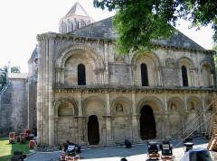 Eglise Notre-Dame -  Charente-Maritime Surgeres Eglise Notre-Dame Facade Ouest