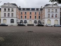 Hôtel de ville - English:  Longwy (Meurthe-et-M.) Hôtel de Ville