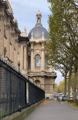 Palais des Beaux-Arts - French Wikimedian, software engineer, science writer, sportswriter, correspondent and radio personality