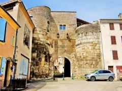 Porte Saint-Marcel - Français:   Porte Saint-Marcel, vue de l\'extérieur des remparts