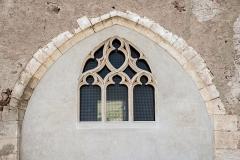 Chapelle de Chevènes - Français:   Chapelle de Chevènes Denicé fenêtre abside