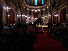 Ancien Collège de la Trinité, actuellement lycée Ampère - Français:   Concert Candlelight de Franck Laurent-Grandpré pour l\'année des 250 ans de la naissance de Beethoven (Pathétique, Clair de lune, Tempête, Lettre à Élise).