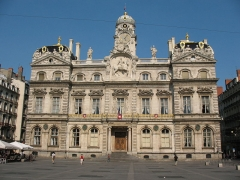 Hôtel de ville - This building is indexed in the Base Mérimée, a database of architectural heritage maintained by the French Ministry of Culture,under the reference PA00117820 .