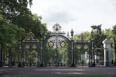 Parc de la Tête-d'Or - English:  Porte des Enfants du Rhône, Main entrance of Parc de la Tête d'Or at Lyon