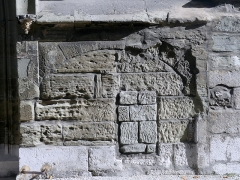 Eglise de Lemenc - English:  Sight of a former opening bricked up on the front of église Saint-Pierre de Lémenc church of Chambéry, Savoie, France.